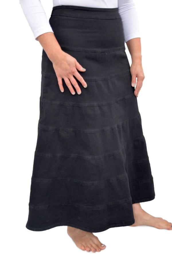 Langer Jeans-Stufenrock in schwarz